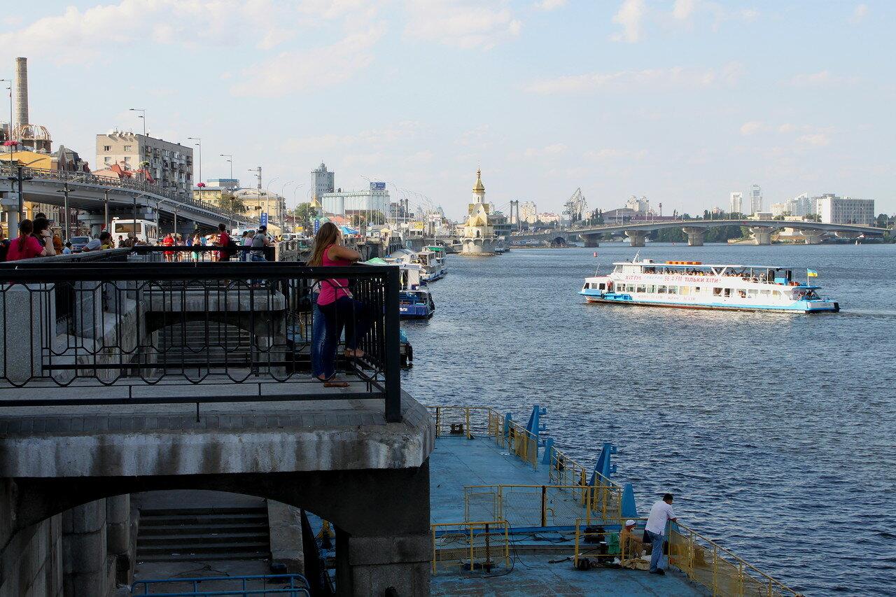 речной порт киев причал