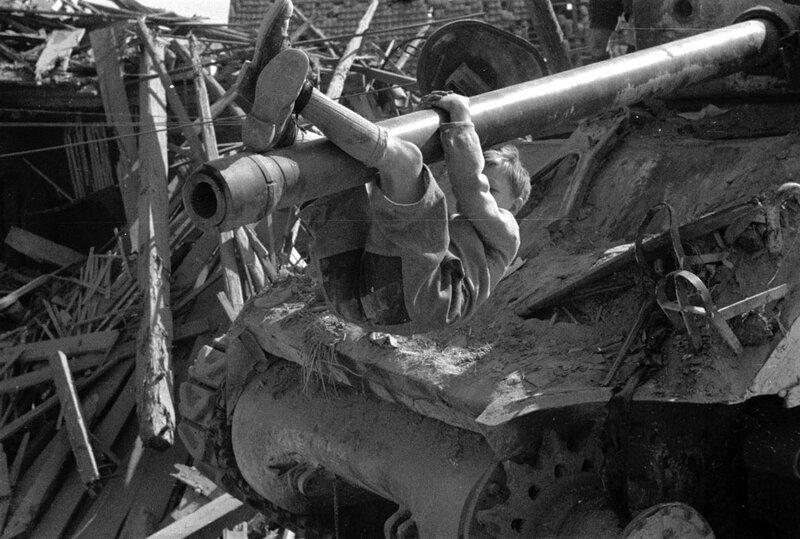 Le franchissement de la ligne Siegfried par les Alliуs après leur entrée en Allemagne en mars 1945.