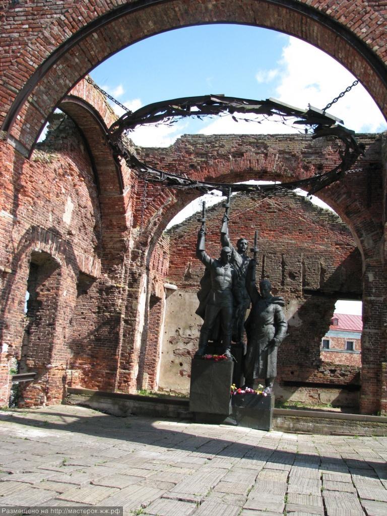 Мемориальный комплекс с арками и колонной Кайеркан Эконом памятник Купола с профильной резкой Тогучин