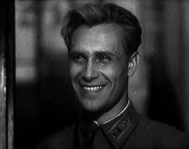 К 100-летию ВВС. Лучшие советские фильмы о летчиках.