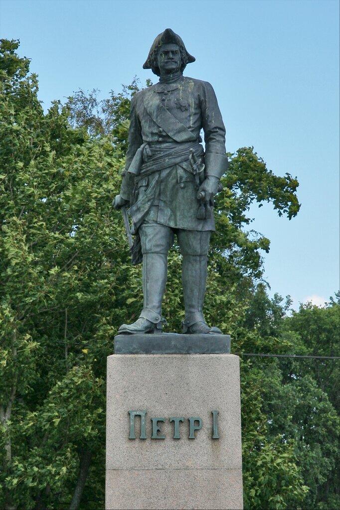 Шлиссельбург, Памятник Петру I
