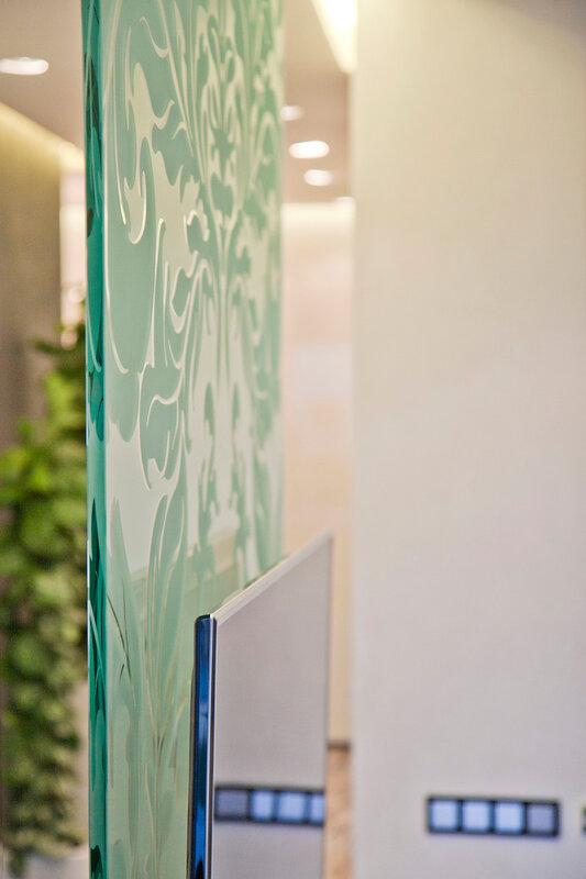стеклянный подвес для плоского телевизора