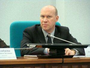 Депутат Думы Владивостока Дмитрий Сулеев побеседовал со следователем
