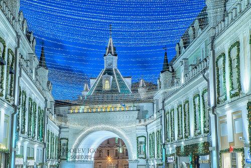 Третьяковский проезд перед Новым годом