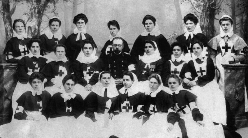 Sisters of Mercy from the Community of Our Lady of St. Theodore in the Russo-Japanese War, 1904-05.