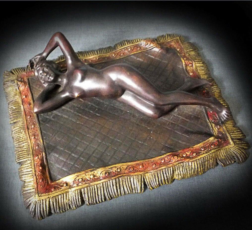 Обнажённая на ковре.Франц Ксавьер Бергман, (1861-1936)
