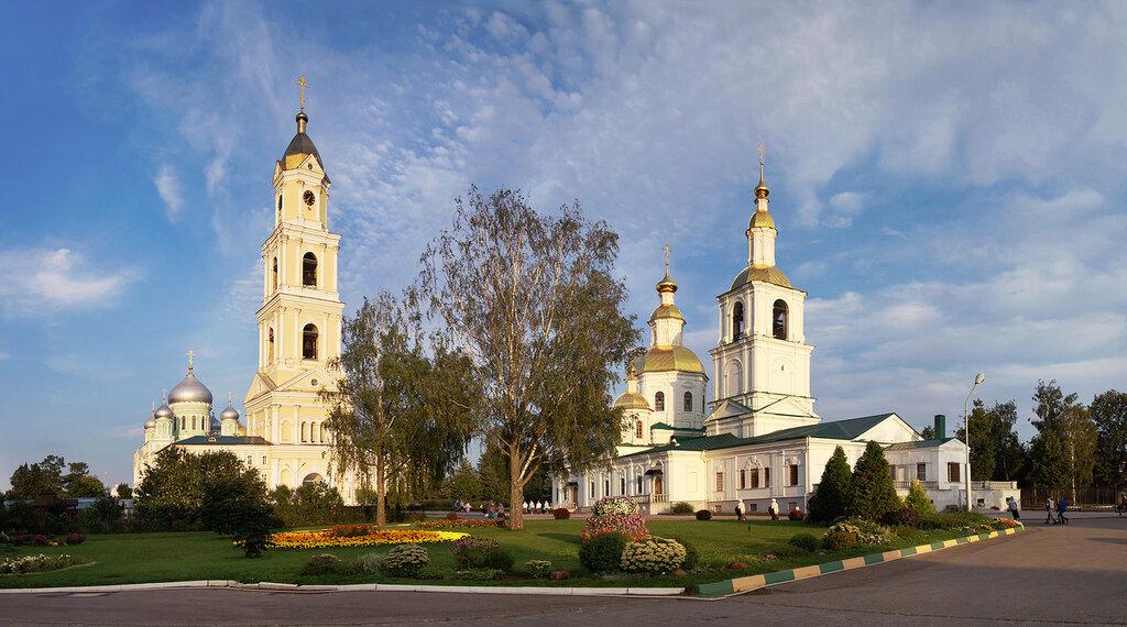 Троицкий собор, колокольня и