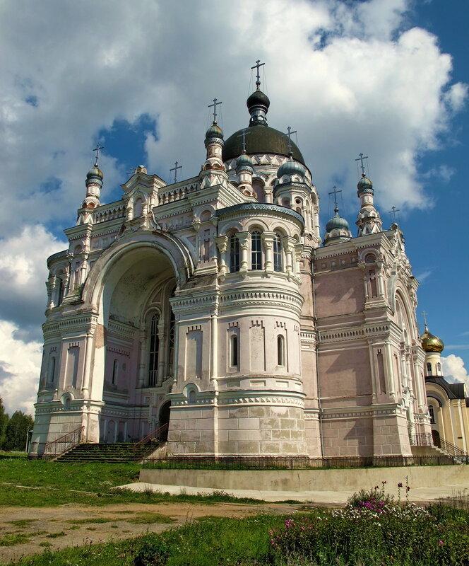 Казанский собор в Вышнем Волочке