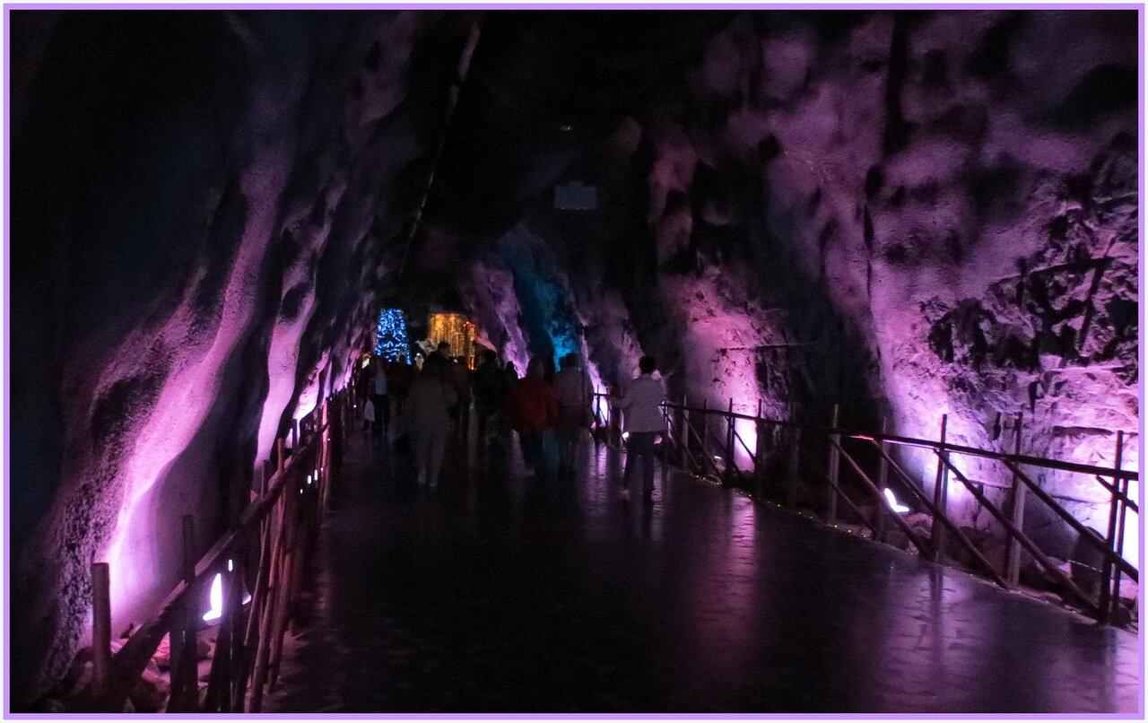 Сказочная пещера.