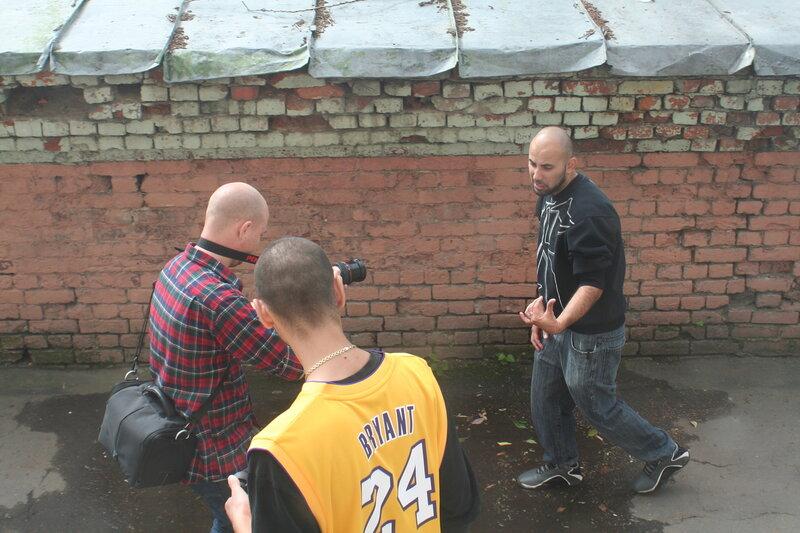 Съёмки хипхоп клипа во дворе владения Ярошенко