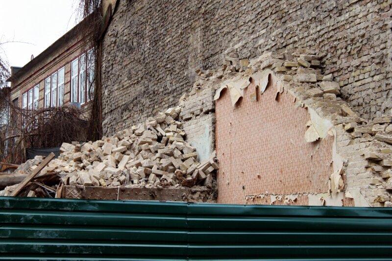 Руины дома №5 в Десятинном переулке