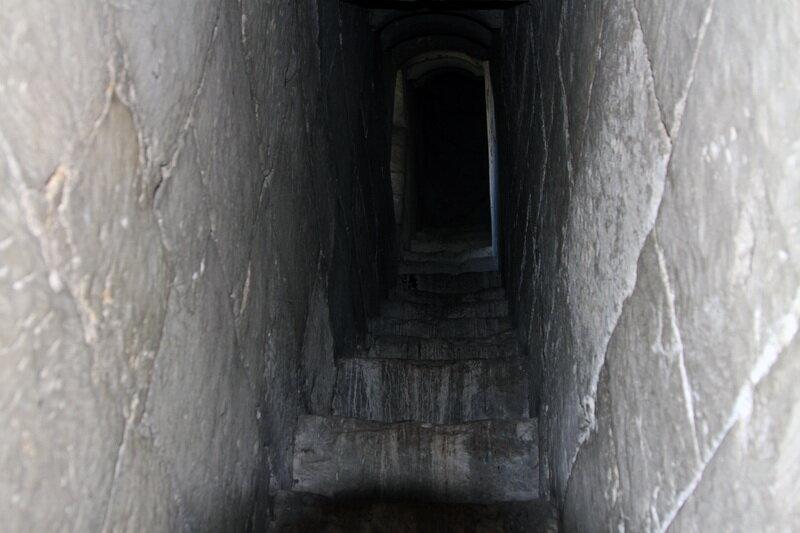 Шатровый храм, Остров