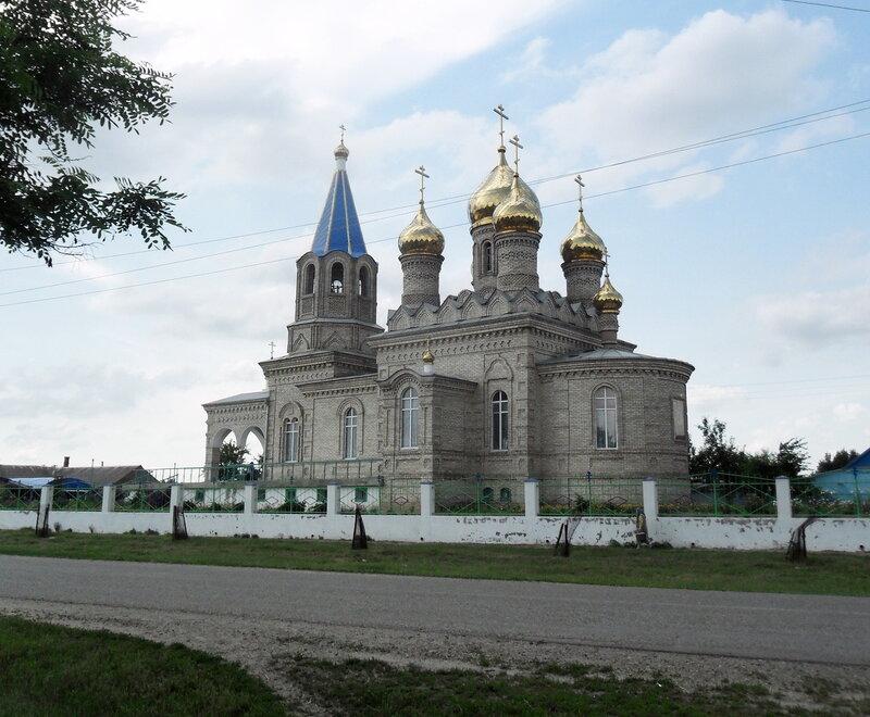Начало лета, дорога через хутор Новопокровский, июнь 2012