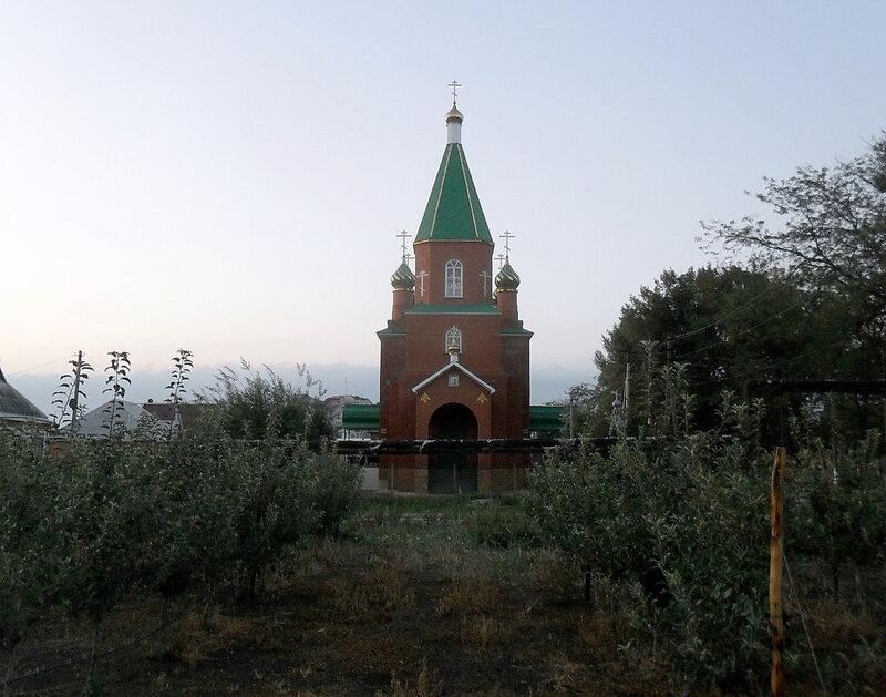 У храма, 21 августа 2012, 07:23