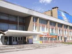 Многие опасаются, что новый собственник сделает в здании ДК ТОЗ очередной торгово-развлекательный комплекс - и Тула...