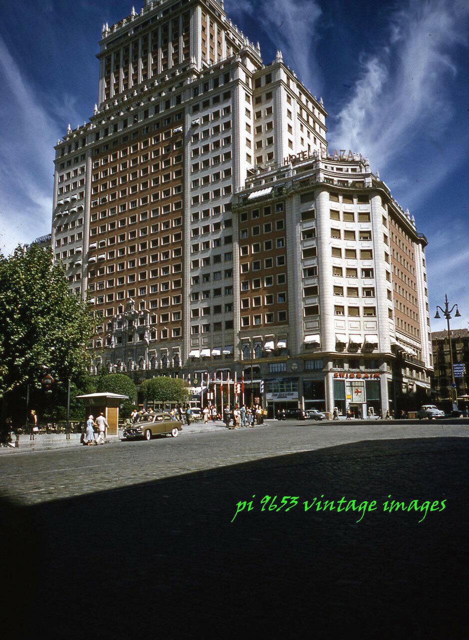 1955-1959 Spain, Madrid. Plaza Hotel..JPG