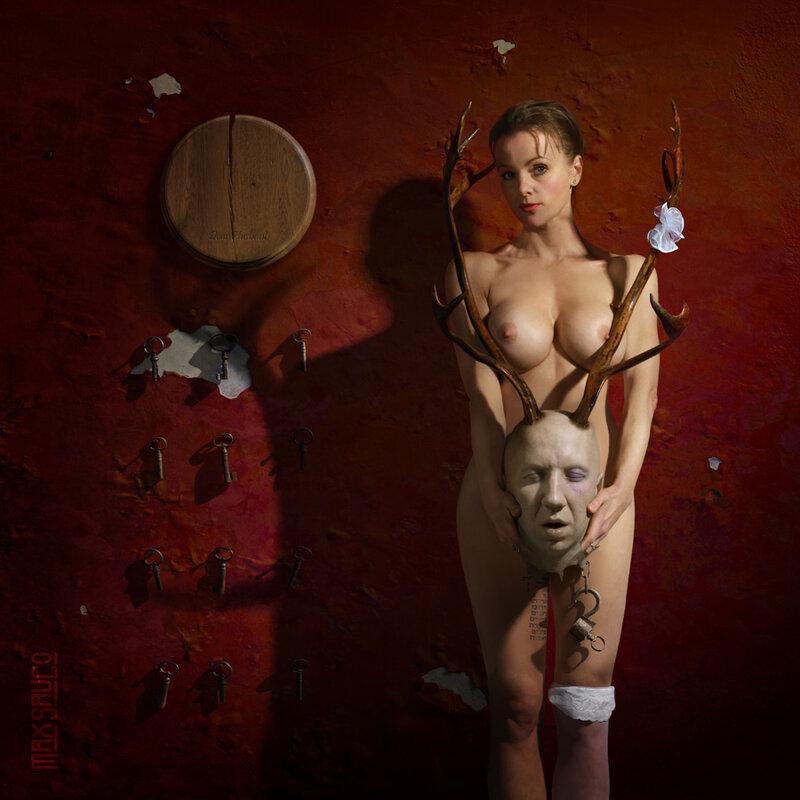 weird-naked