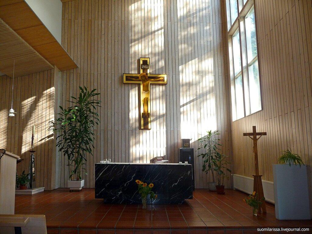 Коувола. Церковь Св. Урсулы, 1991 г.