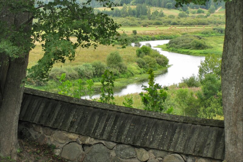 Пушкинские горы тригорское река