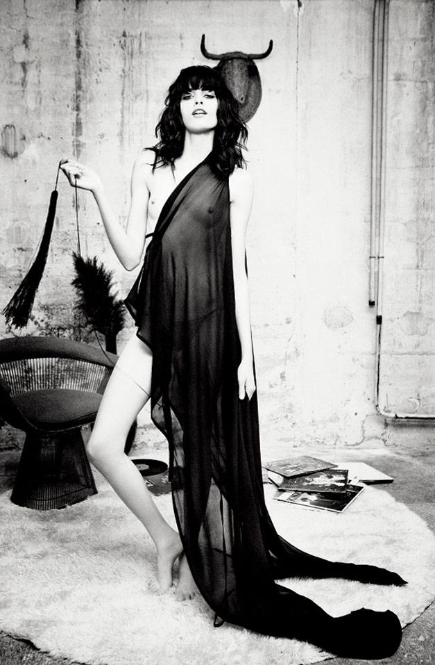 Melissa Stasiuk / Мелисса Стасюк в журнале 25 Magazine, весна-лето 2012 / фотограф Ellen von Unwerth