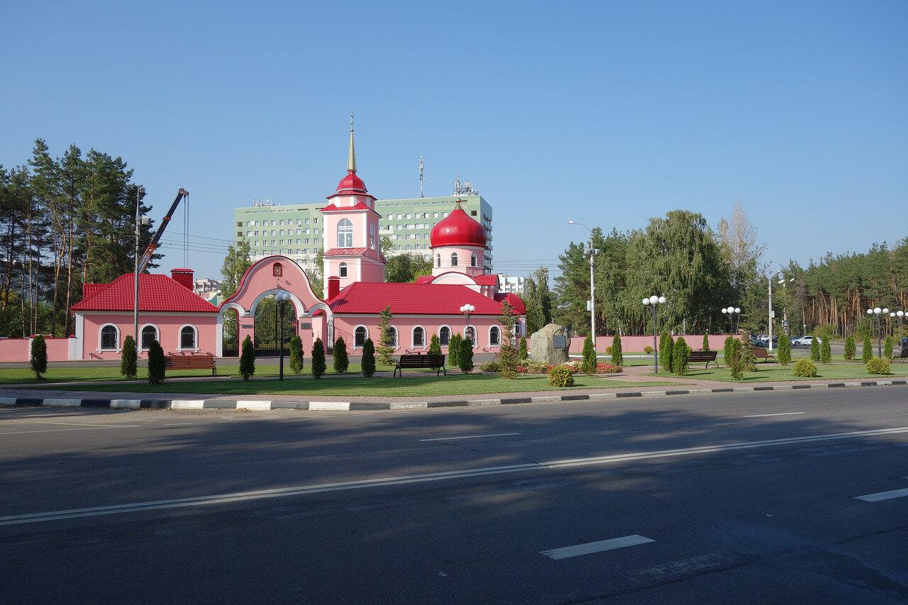 храм у больницы Электроника