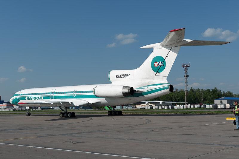 Туполев Ту-154М (RA-85654) Алроса DSC_0204