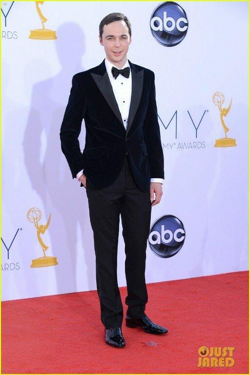 Джим Парсонс и Кейли Куоко на вручении Emmy Awards 2012