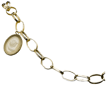 feli_btd_chain with pendant.png