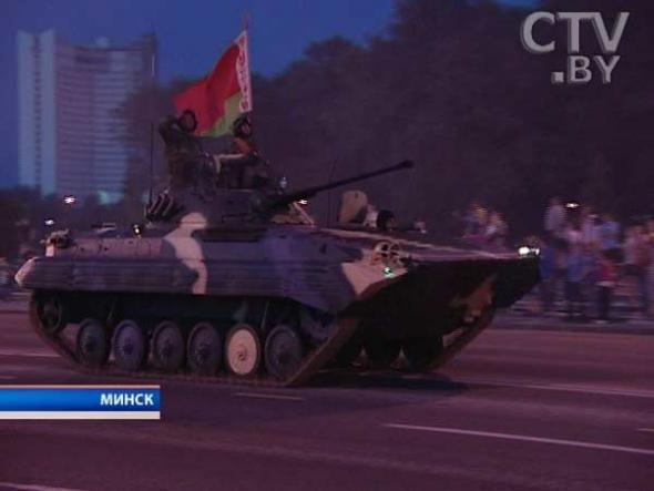В Минск вошли танки