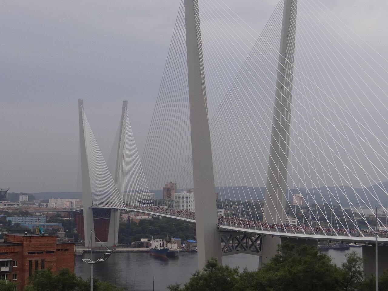 Владивосток. Открытие золотого моста.