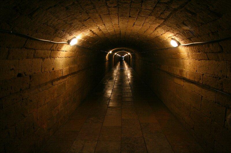 Гатчинский дворец, Подземный ход