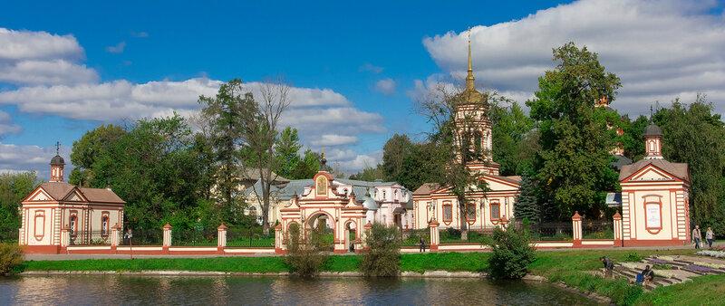 Москва имеет множество усадеб
