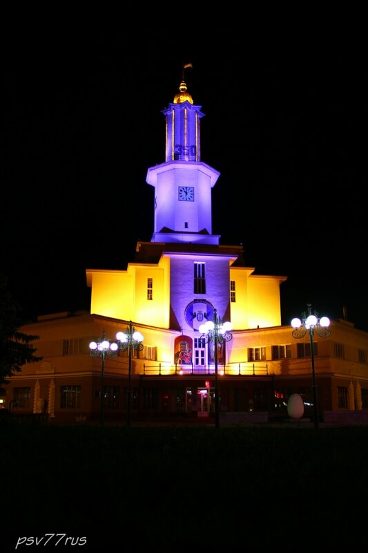 Краеведческий музей (бывшая ратуша)