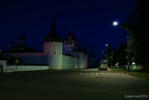 Ростов Великий ночью