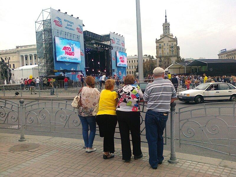 Концертная сцена на Майдане Незалежности