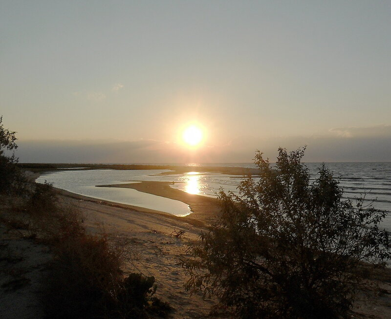 В походе, пески Азовского побережья, сентябрь 2012