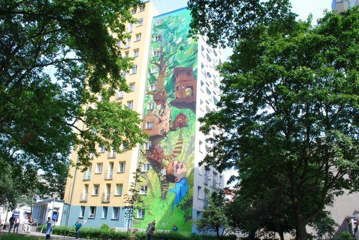 Креативная раскраска панельных многоэтажек в Польше