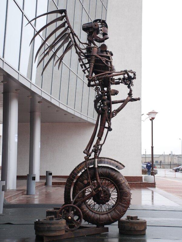 Ангел на велосипеде