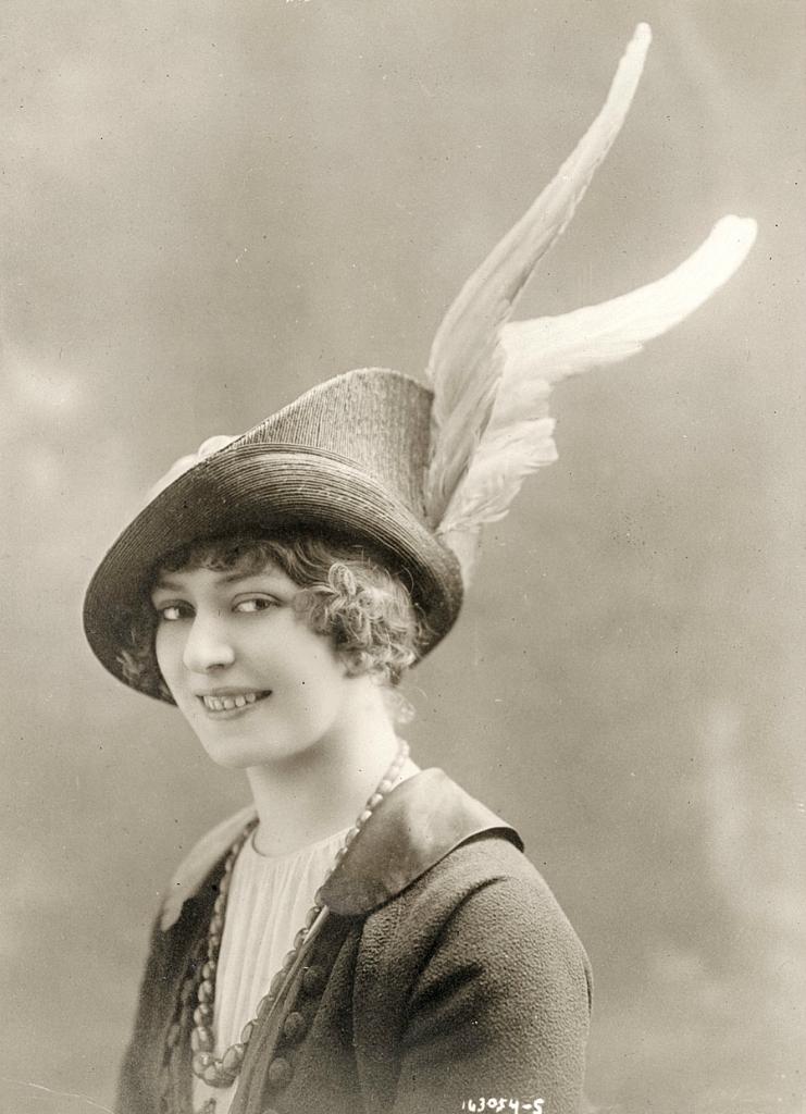 0 6f5ad 754dc3c4 orig Женские шляпки 1913   1915 годов