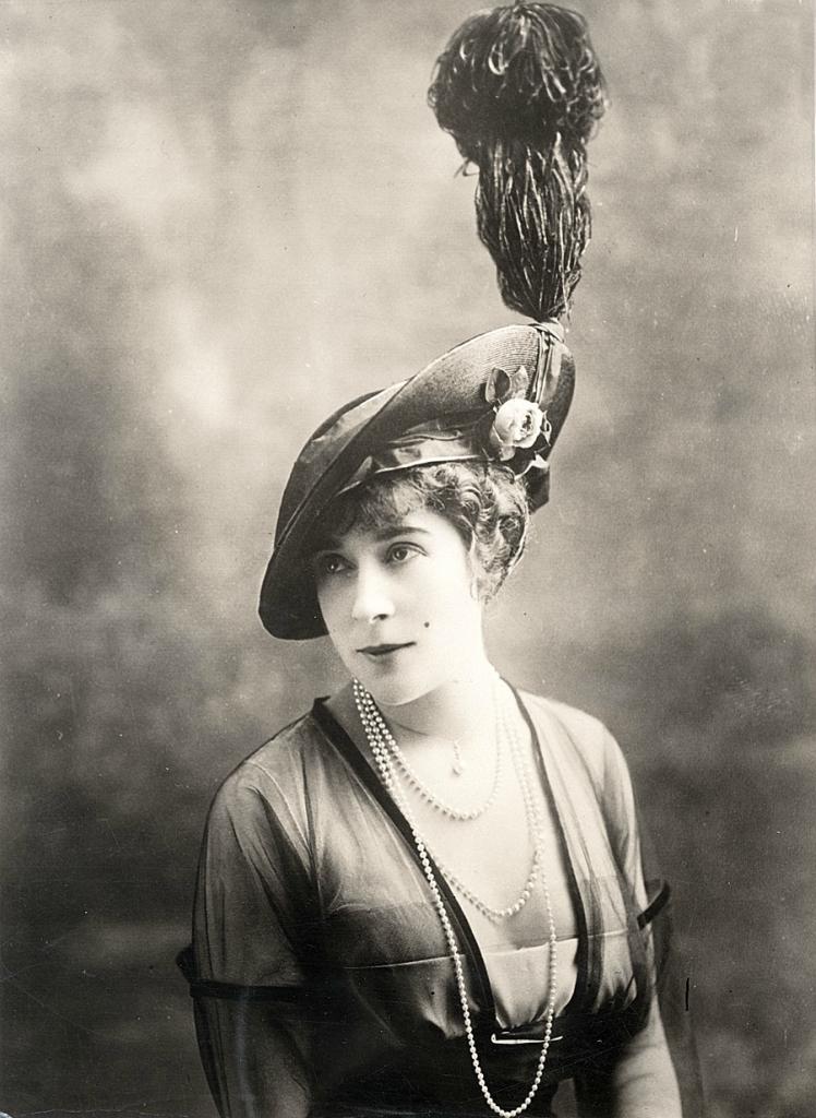 0 6f5af e8b308c3 orig Женские шляпки 1913   1915 годов
