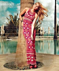 Коралловое ожерелье - платье от Диор