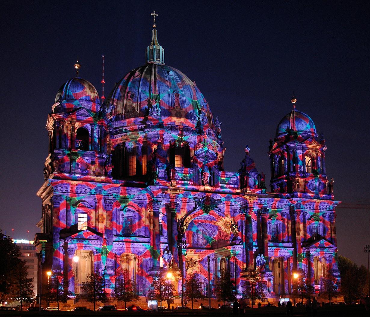 5 место. Фестиваль света в Берлине — современный фестиваль, который проводится ежегодно в октябре с