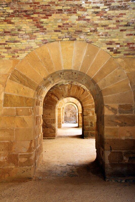 Сицилия,Сиракузы, Ортиджия – замокМаниаче