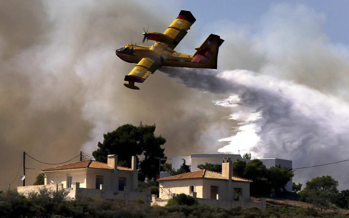 В море огня: Греция посреди лесных пожаров (1)