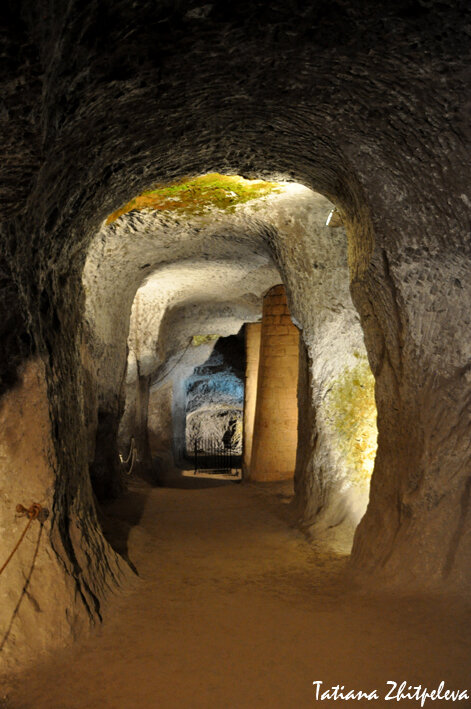 этрусское подземелье - ходы