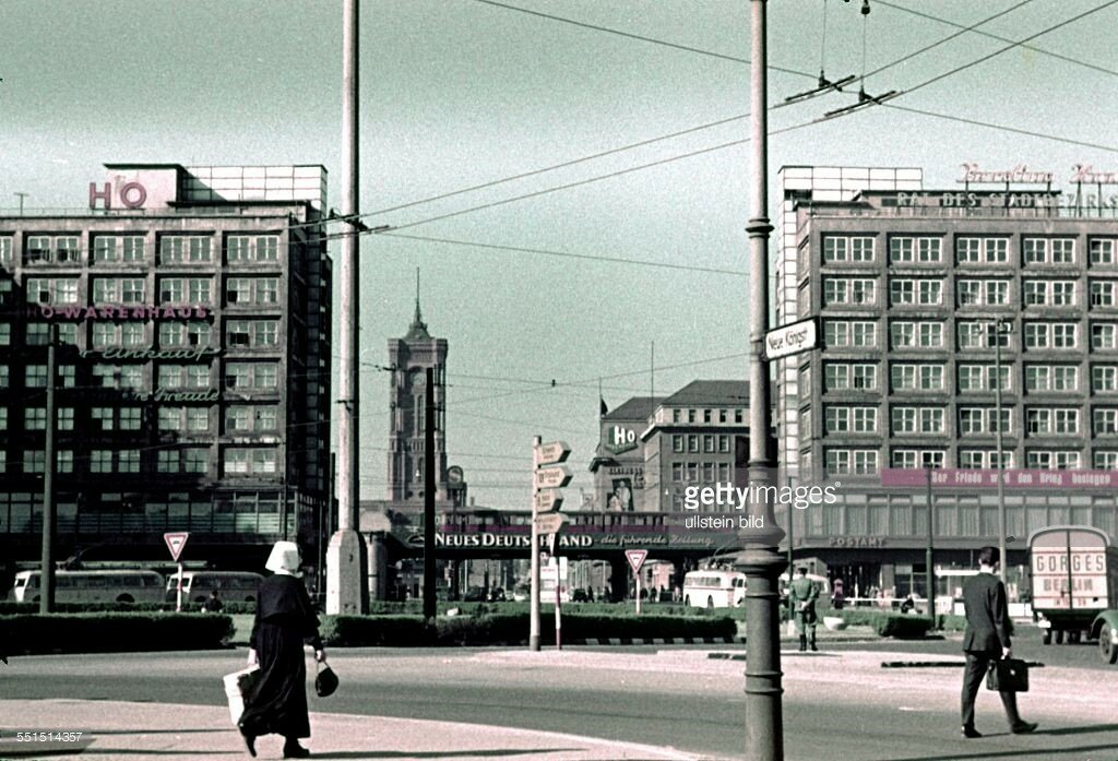 1954 Berlin, East sector, Alexanderplatz.jpg