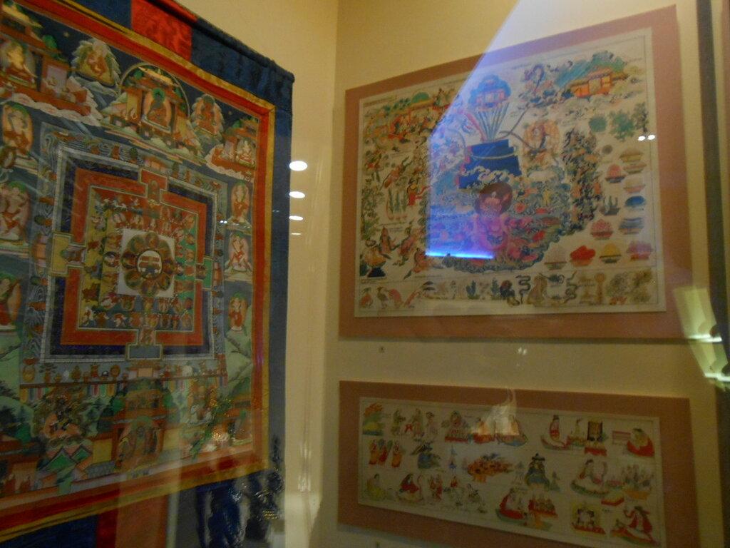 Петербург. В музее истории религии
