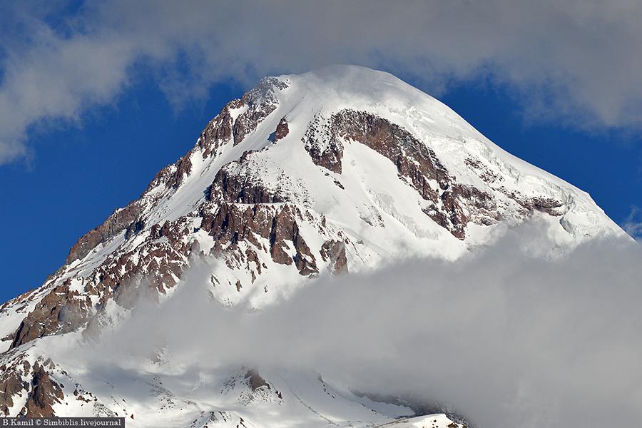 Гора Казбек. Высота 5033 м.