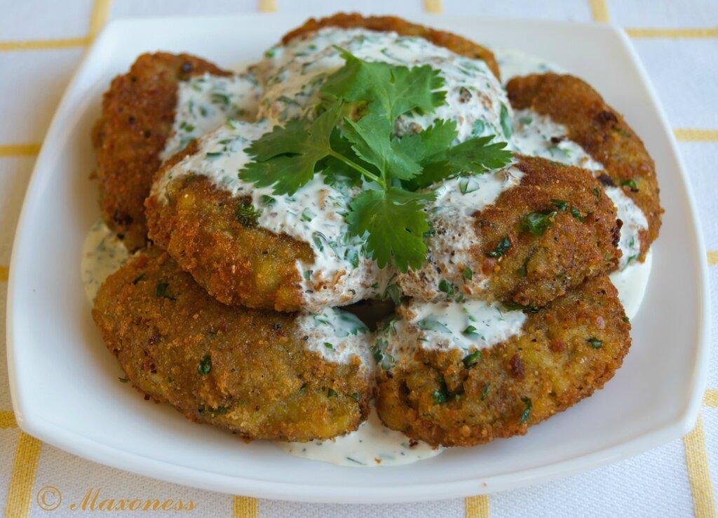 Картофельные котлетки с кориандром. Индийская кухня