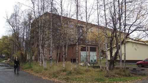 Фото города Инта №1757  Северо-восточный угол дома ГОрького 5а 18.09.2012_13:44